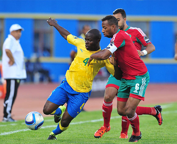 Ness Younga Knox of Gabon battles with Brahim Nekkach of Morocco during the 2016 CHAN football match between Gabon and Morocco  at the Amahoro Stadium in Kigali, Rwanda on 16 January 2016 ©Muzi Ntombela/BackpagePix