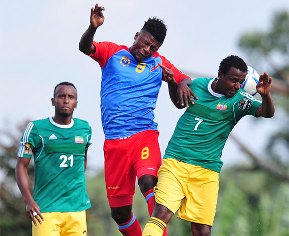 Luvumbu Nzinga of DR Congo battles with Behailu Assefa of Ethiopia during the 2016 CHAN Rwanda, match between DR Congo and Ethiopia at the Huye Stadium in Butare, Rwanda on 17 January 2016 ©Muzi Ntombela/BackpagePix