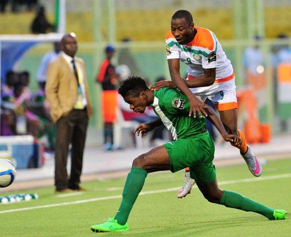 Halidou Garba Idrissa of Niger battles with Jamiu Alimi of Nigeria   during the 2016 CHAN Rwanda, match between Nigeria and Niger at the Stade de Kigali in Kigali, Rwanda on 18 January 2016 ©Muzi Ntombela/BackpagePix