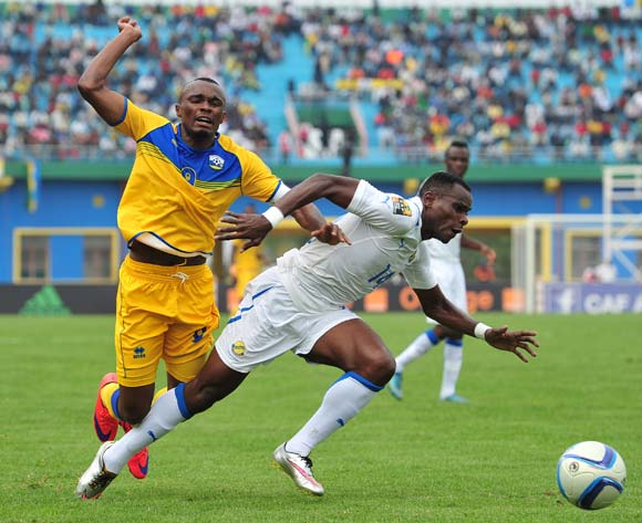 Jacques Tuyisenge of Rwanda battles with Cyrille Engozo Avebe of Gabon  during the 2016 CHAN Rwanda, match between Rwanda and Gabon at the Amahoro Stadium in Kigali, Rwanda on 20 January 2016 ©Muzi Ntombela/BackpagePix