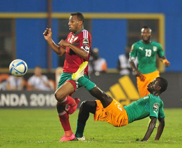 Brahim Nekkach of Morocco battles with Marcellin Koffi of Ivory Coast  during the 2016 CHAN Rwanda, match between Morocco and Ivory Coast at the Amahoro Stadium in Kigali, Rwanda on 20 January 2016 ©Muzi Ntombela/BackpagePix