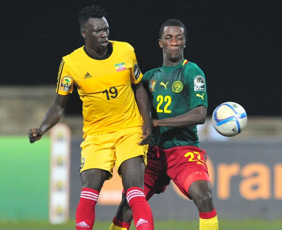 Tafesse Shewamene of Ethiopia challenged by Samuel Gouet Oum of Cameroon during the 2016 CHAN Rwanda, match between Cameroon and Ethiopia at the Huye Stadium in Butare, Rwanda on 21 January 2016 ©Muzi Ntombela/BackpagePix