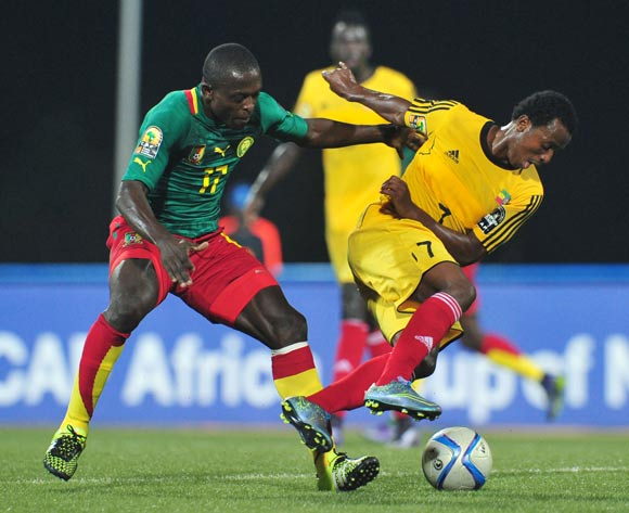 Behailu Assefa of Ethiopia challenged by Stephan Mpondo Kingue of Cameroon  during the 2016 CHAN Rwanda, match between Cameroon and Ethiopia at the Huye Stadium in Butare, Rwanda on 21 January 2016 ©Muzi Ntombela/BackpagePix