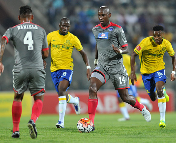 Mark Mayambela of Supersport United challenged by Hlompho Kekana and Themba Zwane of Mamelodi Sundowns during the Absa Premiership match between Mamelodi Sundowns and Supersport United at the Lucas Moripe Stadium in Pretoria, South Africa on January 23, 2016 ©Samuel Shivambu/BackpagePix