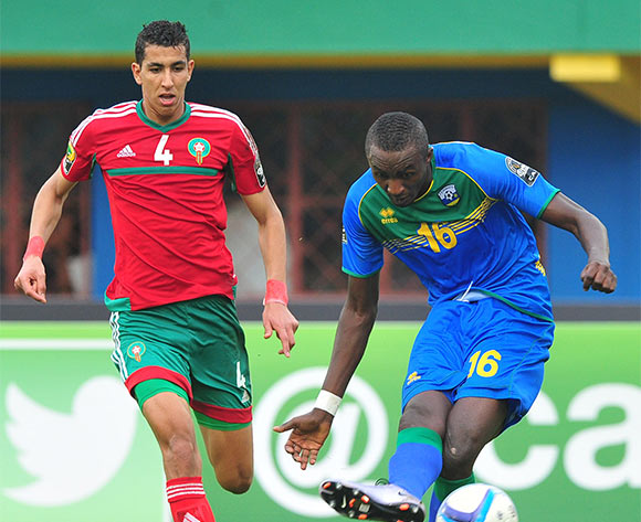 Ernest Sugira of Rwanda shoots at goal during the 2016 CHAN Rwanda game between Morocco and Rwanda at the Amahoro Stadium, Kigali on 24 January 2016 ©Ryan Wilkisky/BackpagePix