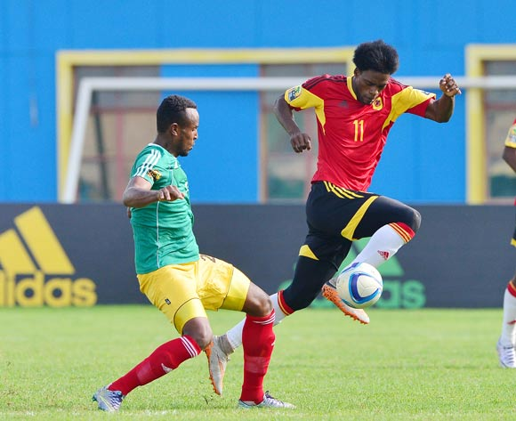 Manuel 'Ary Papel' Afonso of Angola evades tackle from Tesfaye Alebachew of Ethiopia during the 2016 CHAN football match between Ethiopia and Angola  at the Amahoro Stadium in Kigali, Rwanda on 25 January 2016 ©Gavin Barker/BackpagePix