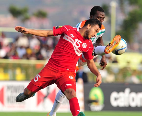 Ganiyu Elh Hutmanu of Niger battles with Mohamed Ali Monser of Tunisia during the 2016 CHAN Rwanda, match between Niger and Tunisia at the Stade de Kigali in Kigali, Rwanda on 26 January 2016 ©Muzi Ntombela/BackpagePix