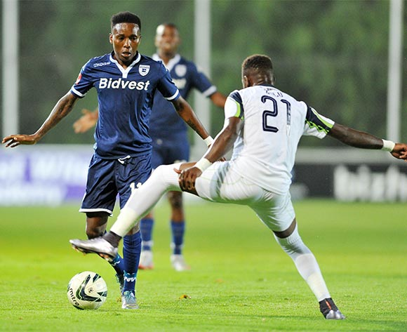 Sibusiso Zulu of Platinum Stars challenged by Elias Pelembe of Bidvest Wits during the Absa Premiership match between Bidvest Wits and Platinum Stars at the Bidvest Stadium in Johannesburg, South Africa on February 03, 2016 ©Samuel Shivambu/BackpagePix
