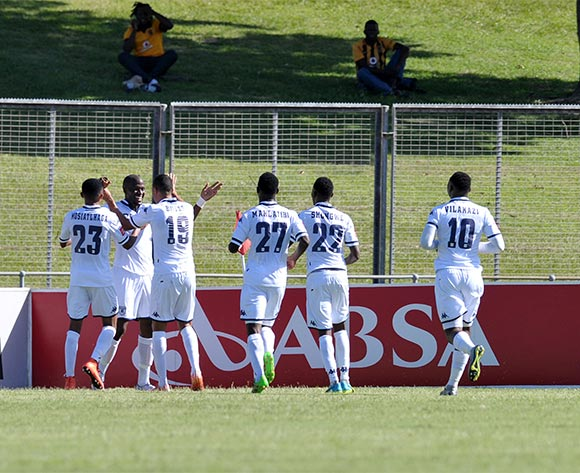 Sfiso Hlanti of Bidvest Wits celebrates goal with teammates during the Absa Premiership 2015/16 match between Golden Arrows and Bidvest Wits in Chatsworth Stadium Durban, Kwa-Zulu Natal on 06 February 2016 ©Muzi Ntombela/BackpagePix