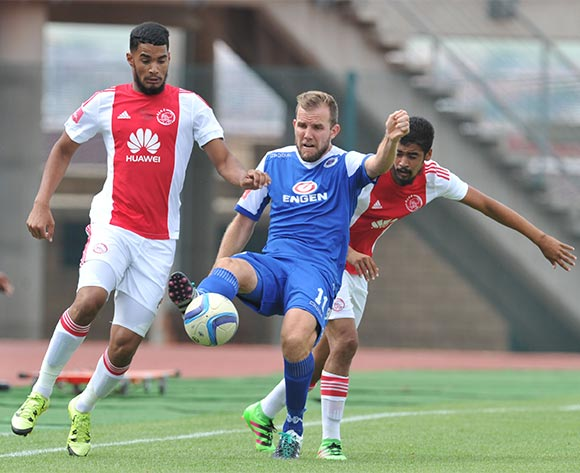 Jeremy Brockie of Supersport United challenged by Tashreeg Morris and Abbubaker Mobara of Ajax Cape Town during the Absa Premiership match between Supersport United and Ajax Cape Tow at the Lucas Moripe Stadium in Pretoria, South Africa on February 07, 2016 ©Samuel Shivambu/BackpagePix