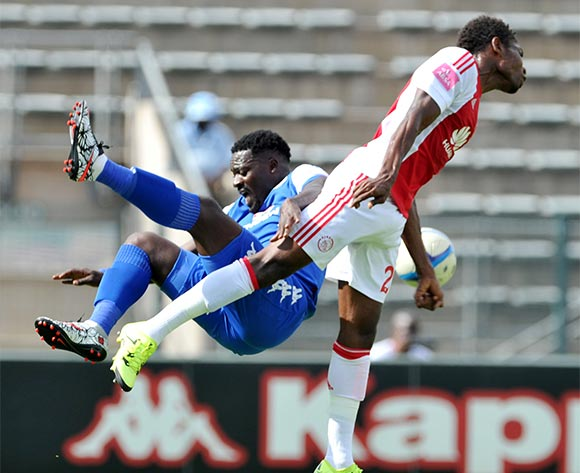 Kingston Nkhatha of Supersport United challenged by Lawrence Mabaso of Ajax Cape Town during the Absa Premiership match between Supersport United and Ajax Cape Tow at the Lucas Moripe Stadium in Pretoria, South Africa on February 07, 2016 ©Samuel Shivambu/BackpagePix