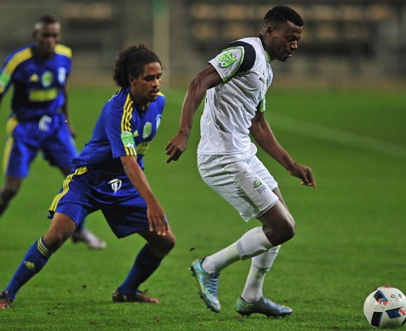 Isaac Nhlapo of Platinum Stars evades challenge from Robin Rhode of Steenberg United during the 2016 Nedbank Cup football match between Steenberg United and Platinum Stars at Athlone Stadium, Cape Town on 4 March 2016 ©Chris Ricco/BackpagePix