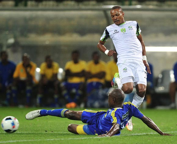 Tlou Segolela of Platinum Stars tackled by Tshepo Moletsane of Steenberg United during the 2016 Nedbank Cup football match between Steenberg United and Platinum Stars at Athlone Stadium, Cape Town on 4 March 2016 ©Chris Ricco/BackpagePix