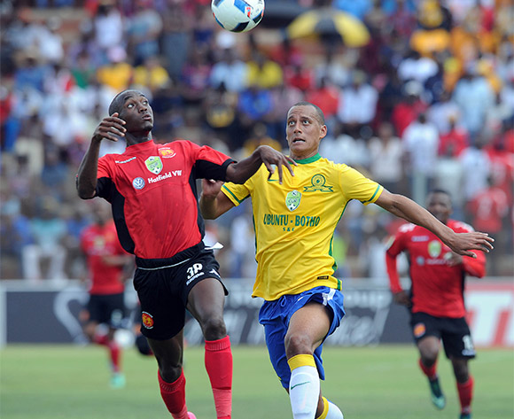 Peter Shalulile of Highlands Park ia challenged by Wayne Arendse of Mamelodi Sundowns during the 2016 Nedbank Cup Last 32 match between Highlands Park and Mamelodi Sundowns on 06 March 2016 at Makhulong Stadium Pic Sydney Mahlangu/ BackpagePix