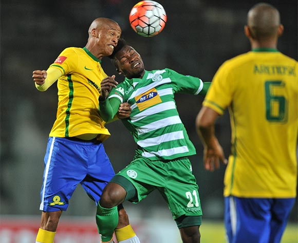 Fiston Abdul (c) of Bloemfontein Celtic challenged by Thabo Nthethe (l) of Mamelodi Sundowns during the Absa Premiership match match between Mamelodi Sundowns and Bloemfontein Celtic at the Lucas Moripe Stadium in Pretoria, South Africa on March 16, 2016 ©Samuel Shivambu/BackpagePix
