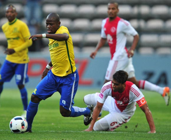 Hlompho Kekana of Mamelodi Sundowns evades challenge from Travis Graham of Ajax Cape Town during the Absa Premiership 2015/16 football match between Ajax Cape Town and Mamelodi Sundowns at Athlone Stadium, Cape Town on 27 April 2016 ©Chris Ricco/BackpagePix