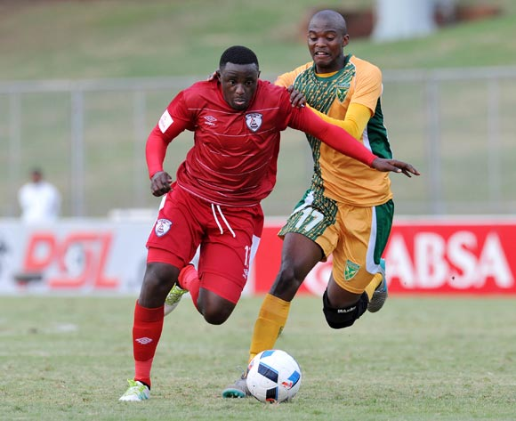 Lucky Mohomi of Free State Stars challenged by Nkanyiso Cele of Golden Arrows during the Absa Premiership 2015/16 match between Golden Arrows and Free State Stars at Chatsworth Stadium in Chatsworth, South Africa on April 30, 2016 ©Muzi Ntombela/BackpagePix
