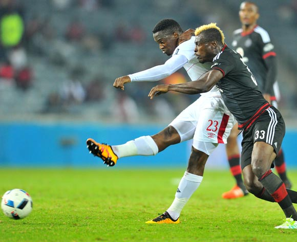 Moeketsi Sekola (l) of Free State Stars challenged by Edwin Gyimah (r) of Orlando Pirates during the Absa Premiership match between Orlando Pirates and Free State Stars at the Orlando Stadium in Johannesburg, South Africa on April 09, 2016 ©Samuel Shivambu/BackpagePix