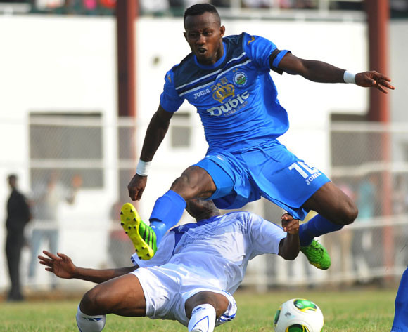 EXCLUSIVE: Mfon Udoh signs new Enyimba deal till 2019