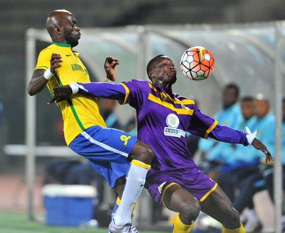 Daniel Amoah of Medeama challenged by Anthony Laffor of Mamelodi Sundowns during the CAF Confederation Cup match between Mamelodi Sundowns and Medeama at the Lucas Moripe Stadium in Pretoria, South Africa on May 07, 2016 ©Samuel Shivambu/BackpagePix