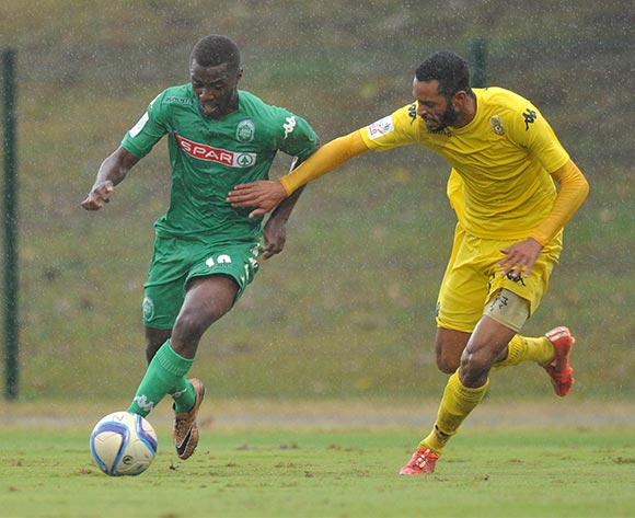 Petrus Shitembe of AmaZulu challenged by Taariq Fielies of Milano United during the National First Division 2015/16 match between AmaZulu and Milano at Princess Magogo Stadium, KwaMashu in Kwa-Zulu Natal South Africa on 08 May, 2016 ©Muzi Ntombela/BackpagePix