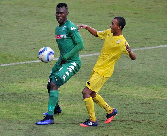 Nkanyiso Zungu of AmaZulu challenged by Brandon Theron of Milano United during the National First Division 2015/16 match between AmaZulu and Milano at Princess Magogo Stadium, KwaMashu in Kwa-Zulu Natal South Africa on 08 May, 2016 ©Muzi Ntombela/BackpagePix