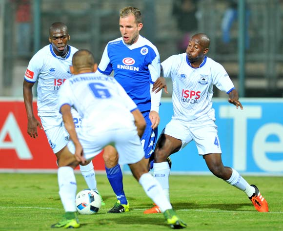 Jeremy Brockie (c) of Supersport United challenged by Mpho Matsi (l) and Vincent Kobola (r) of Black Aces during the Absa Premiership match between Supersport United and Black Aces at the Lucas Moripe Stadium in Pretoria, South Africa on May 11, 2016 ©Samuel Shivambu/BackpagePix