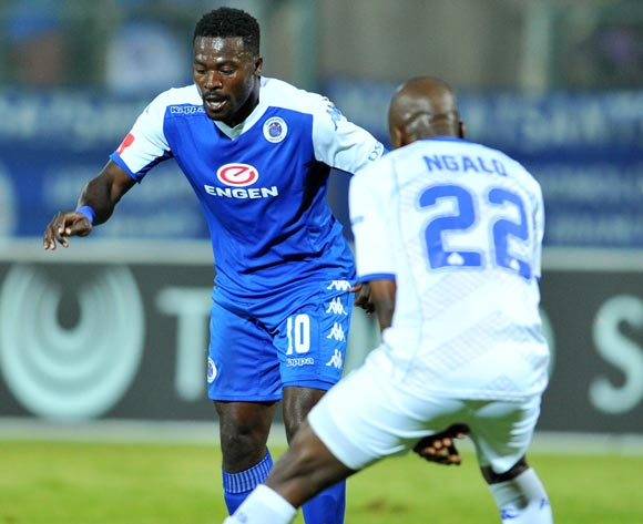 Kingston Nkhatha (l) of Supersport United challenged by Zumuxolo Ngalo (r) of Black Aces during the Absa Premiership match between Supersport United and Black Aces at the Lucas Moripe Stadium in Pretoria, South Africa on May 11, 2016 ©Samuel Shivambu/BackpagePix