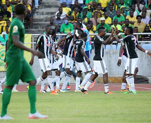 TP Mazembe players celebrate goal from Thomas Ulimwengu during the CAF Confederation Cup football match between Young Africans and TP Mazembe at the National Stadium in Dar es Salaam, Tanzania on 28 June 2016 ©BackpagePix