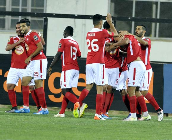 epa05398143 Etoile Sportive du Sahel players celebrate after scoring a goal during the CAF Champions League soccer match between Etoile Sportive du Sahel of Tunisia and  Fath Union of Morocco at Stade Olympique de Sousse, Tunisia, 29 June 2016  EPA/STR