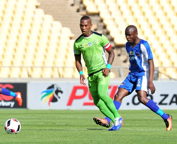 Vuyo Mere of Platinum Stars challenged by Strydom Wambi of Chippa United during the MTN8 Quarter Final football match between Platinum Stars and Chippa United at the Royal Bafokeng Stadium in Rustenburg, South Africa on August 27, 2016 ©Samuel Shivambu/BackpagePix