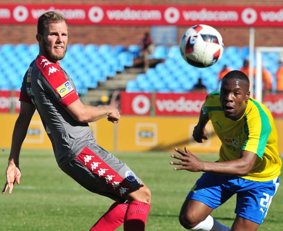 Jeremy Brockie of Supersport United challenged by Siyanda Zwane of Mamelodi Sundowns during the MTN8 Quarter Final football match between Mamelodi Sundowns and Supersport United at the Loftus Stadium in Pretoria, South Africa on August 28, 2016 ©Samuel Shivambu/BackpagePix
