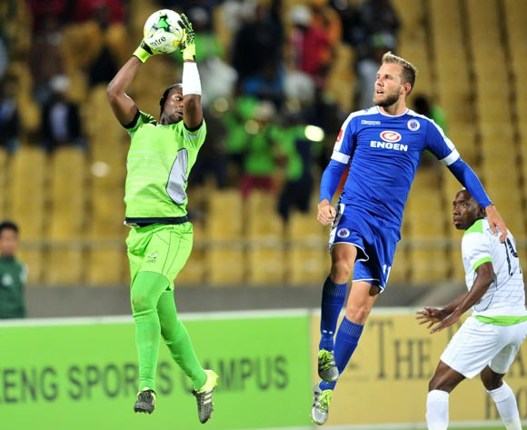 Mbongeni Mzimela of Platinum Stars challenged by Jeremy Brockie of Supersport United during the Absa Premiership match between Platinum Stars and Supersport United at the Royal Bafokeng Stadium in Rustenburg, South Africa on August 24, 2016 ©Samuel Shivambu/BackpagePix