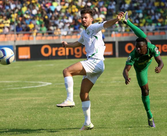 Young African' Simon Msuva (R), and Mo Bejaia's Ismael Benetayib fight for the ball during the 13th edition of CAF confederation Cup match at the National Stadium in Dar es Salaam, Tanzania, Suturday August 13, 2016. Young Africans FC won by 1-0. (Photo; KHALFAN SAID