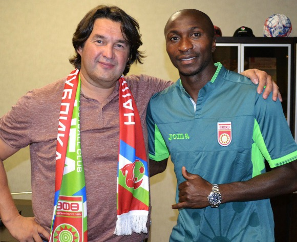 Kehinde Fatai signs 3-year deal with Russian club Ufa