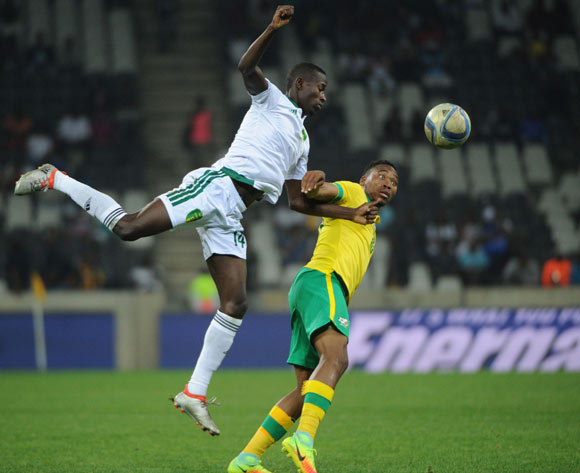 Mohamed Dellah Yaly of Mauritania challenges Sibusiso Vilakazi of South Africa