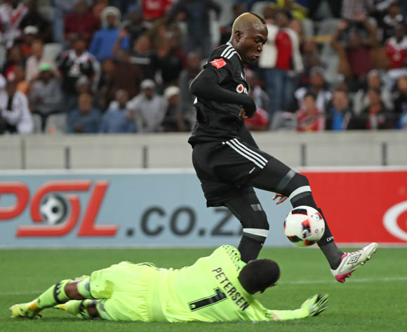 Tendai Ndoro of Orlando Pirates rounds Brandon Petersen of Ajax Cape Town to score a goal during the Absa Premiership 2016/17 football match between Ajax Cape Town and Orlando Pirates at Cape Town Stadium, Cape Town on 13 September 2016 ©Chris Ricco/BackpagePix