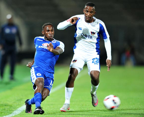 Onismor Bhasera of Supersport United challenged by Tshwarelo Bereng of Chippa United during the Absa Premiership match between Supersport United and Chippa United at the Lucas Moripe Stadium in Pretoria, South Africa on September 14, 2016 ©Samuel Shivambu/BackpagePix