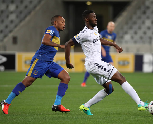 Buhle Mkhwanazi of Bidvest Wits evades challenge from Lehlohonolo Majoro of Cape Town City FC during the 2016 MTN 8 Semifinal second leg football match between Cape Town City FC and Bidvest Wits at Cape Town Stadium, Cape Town on 17 September 2016  ©Chris Ricco/BackpagePix