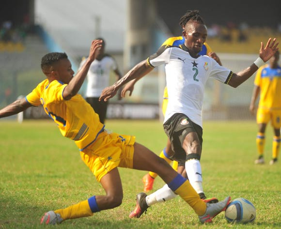 Rusheshmana Micheal of Rwanda challenging Harrison Afful of Ghana during the 2017 African Cup of National  Qualifiers playing on 3rd September 2016 in Accra Ghana between Ghana and Rwanda ©Christian Thompson/BackpagePix