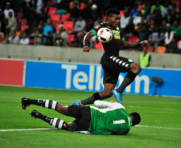 Vuyisile Wana of Bloemfontein Celtic jumps over Daniel Akpeyi of Chippa United as the ball gets away during the Absa Premiership 2016/17 match between Chippa United and Bloemfontein Celtic at Nelson Mandela Bay Stadium, Port Elizabeth South Africa on 25 October 2016 ©Deryck Foster/BackpagePix