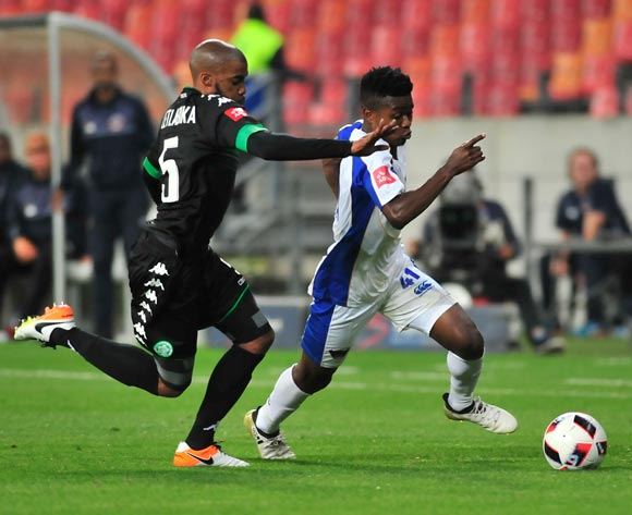 Wandisile Letlabika of Bloem Celtic and Menzi Masuku of Chippa United  during the Absa Premiership 2016/17 match between Chippa United and Bloemfontein Celtic at Nelson Mandela Bay Stadium, Port Elizabeth South Africa on 25 October 2016 ©Deryck Foster/BackpagePix
