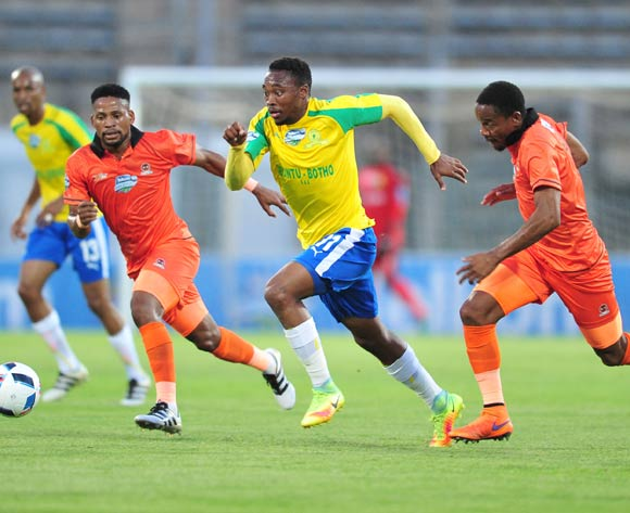 Sibusiso Vilakazi (c) of Mamelodi Sundowns challenged by Edgar Manaka (l) and Thabiso Semenya (r) of Polokwane City during the 2016 Telkom Knockout match between Mamelodi Sundowns and Polokwane City at the Lucas Moripe Stadium in Pretoria on the 27 October 2016©Samuel Shivambu/Backpagepix