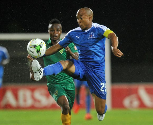 Kurt Lentjies of Maritzburg United challenged by Clifton Miheso of Golden Arrows during the Absa Premiership 2016/17 match between Maritzburg United and Golden Arrows at Harry Gwala Stadium, Pietermaritzburg South Africa on 28 October 2016 ©Muzi Ntombela/BackpagePix