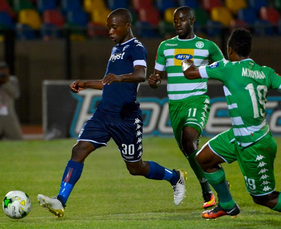 Ben Motshwari of Bidvest Wits and Deon Hotto of Bloemfontein Celtic during the Absa Premiership match between Bloemfontein Celtic and Bidvest Wits on 29 October 2016 at Dr Molemela Stadium, Bloemfontein ©Frikkie Kapp /BackpagePix