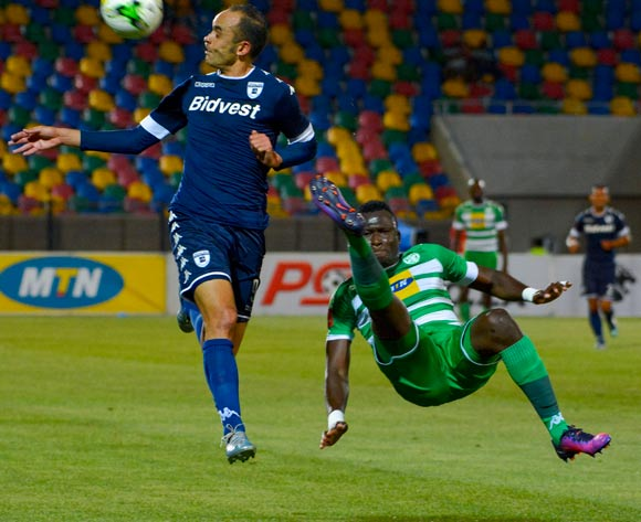 Eleazar Rodgers of Bidvest Wits and Robert Sankara of Bloemfontein Celtic during the Absa Premiership match between Bloemfontein Celtic and Bidvest Wits on 29 October 2016 at Dr Molemela Stadium, Bloemfontein ©Frikkie Kapp /BackpagePix