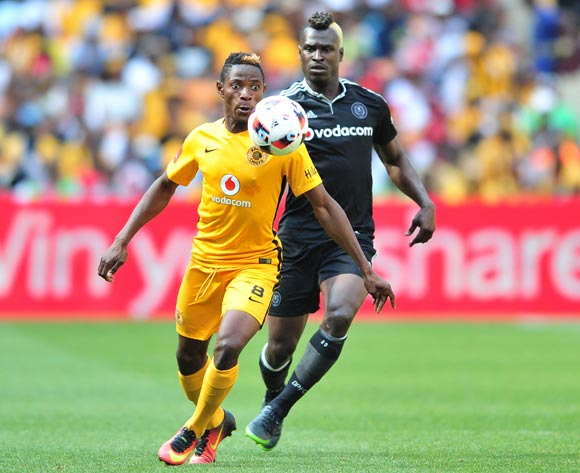 Michelle Katsvairo of Kaizer Chiefs challenged by Edwin Gyimah of Orlando Pirates during the Absa Premiership 2016/17 game between Orlando Pirates and Kaizer Chiefs at FNB Stadium, Johannesburg on 29 October 2016 © Samuel Shivambu/BackpagePix
