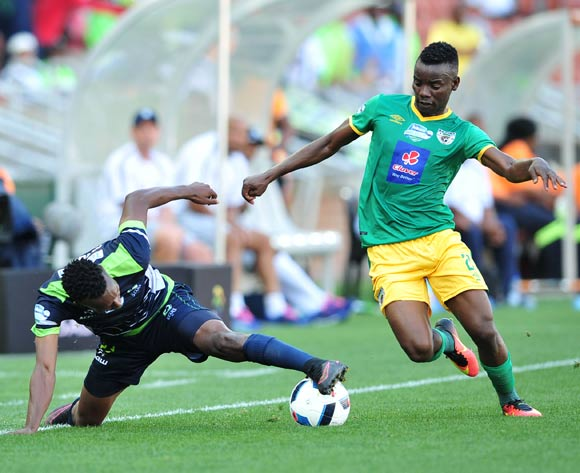 Siphiwe Mnguni of Platinum Stars challenged by Sipho Moeti of Baroka FC during the Telkom Knockout Last 16 match between Baroka FC and Platinum Stars at the Peter Mokaba Stadium in Polokwane on the 23 October 2016©Samuel Shivambu/Backpagepix