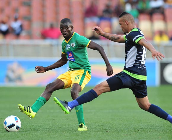 Albert Mothupa Baroka FC challenged by Ryan De Jongh of Platinum Stars during the Telkom Knockout Last 16 match between Baroka FC and Platinum Stars at the Peter Mokaba Stadium in Polokwane on the 23 October 2016©Samuel Shivambu/Backpagepix
