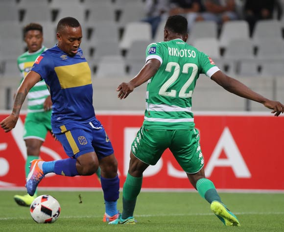 Lehlohonolo Majoro of Cape Town City FC evades challenge from Tshepo Rikhotso of Bloemfontein Celtic during the Absa Premiership 2016/17 football match between Cape Town City FC and Bloemfontein Celtic at Cape Town Stadium, Cape Town on 2 November 2016 ©Chris Ricco/BackpagePix